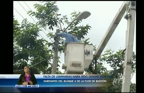 Eléctrica de Guayaquil colocó luminarias en bloque 4 de Flor de Bastión