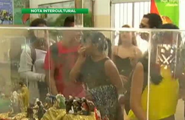 Pesebres se exhiben en la biblioteca municipal de Guayaquil