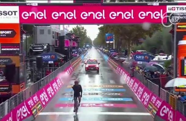 Jhonatan Narváez consiguió el primer puesto en la 12 etapa del Giro de Italia