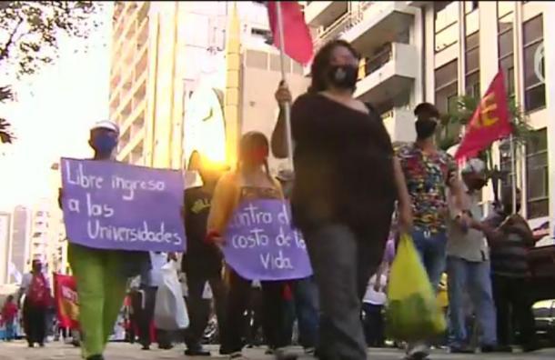 Marcha contra el gobierno se realizó de forma pacífica en Guayaquil